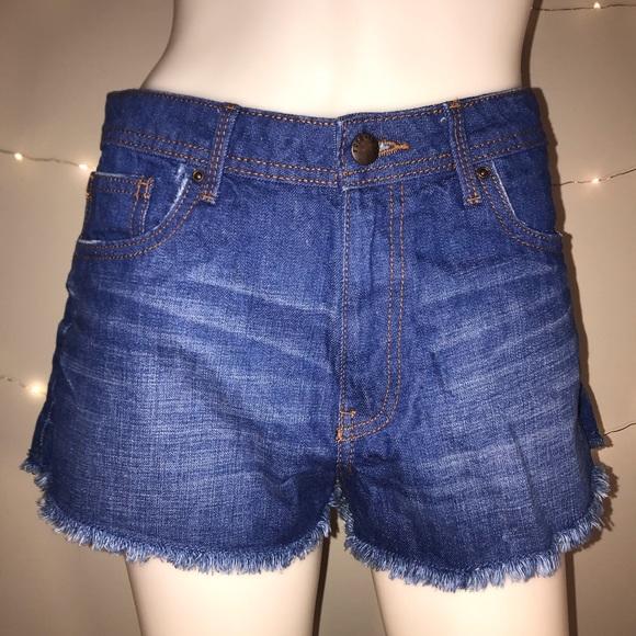 Forever 21 Pants - 🆕<Forever 21> High Waist Denim Shorts